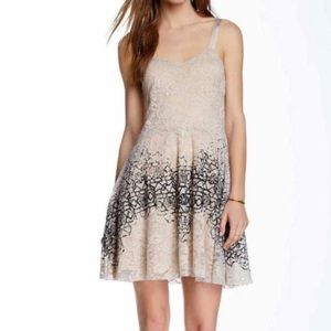 Dresses & Skirts - Free people foil lace dress size small